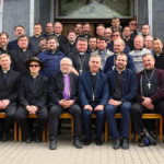 Yhteyden ja hengellisen rakentumisen seminaari